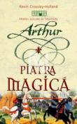 Piatra Magica - Trilogia Arthur 1 de Kevin Crossley-Holland  -Carti bune de citit